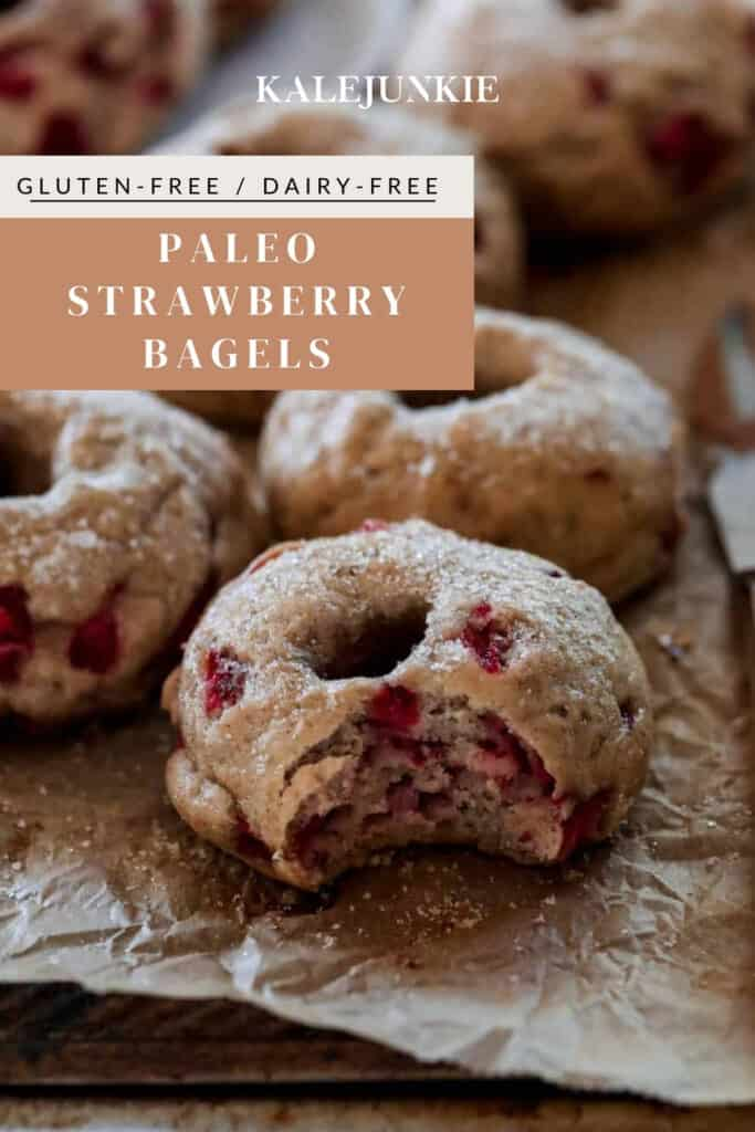 Paleo and Gluten free STRAWBERRY BAGEL recipe | Kalejunkie
