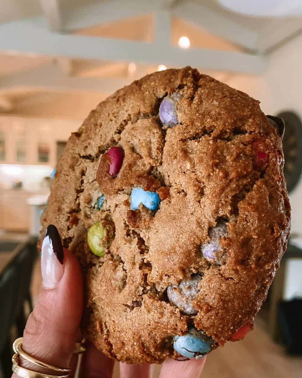 GIANT CHOCOLATE CHIP COOKIE - INGREDIENTS1/4 cup almond flour3 tb creamy almond butter2 tb maple syrup1/2 tsp vanilla extract1/4 cup dairy free chocolate chips 1 tsp ground flax seed (or 1/2 of one egg—whisk one egg in a bowl and just use 1/2)1/2 tsp baking soda.