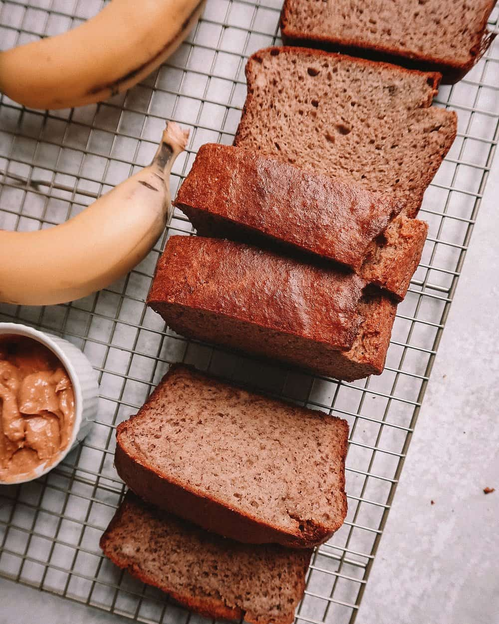 CINNAMON BANANA BREAD - 1 1/2 cups almond flour1/4 cup tapioca flour3 tb coconut flour4 super ripe bananas (if they are large, use 3)3 eggs1 tsp vanilla extract 2 tb cinnamon1 tsp baking soda1 tsp baking powder1/2 tsp sea salt note: You can add any toppings you want, chocolate chips, nuts, etc.
