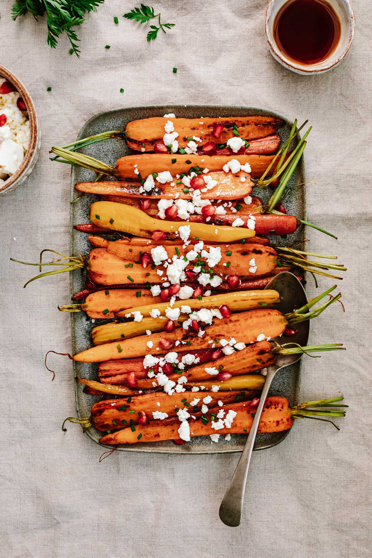 caramelized carrots with feta cheese | KALEJUNKIE